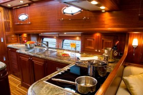 Yacht charter tips: provisioning guide